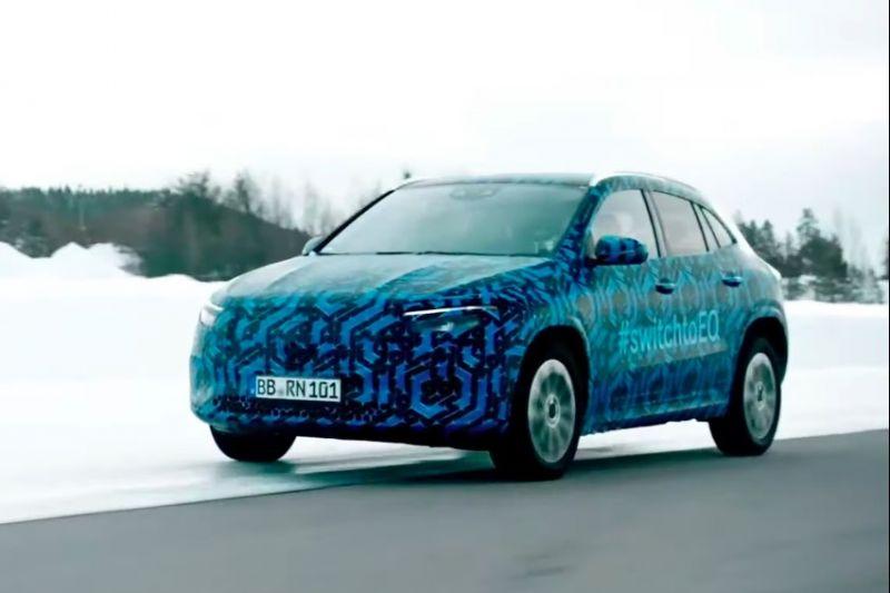 Mercedes-Benz EQA winter