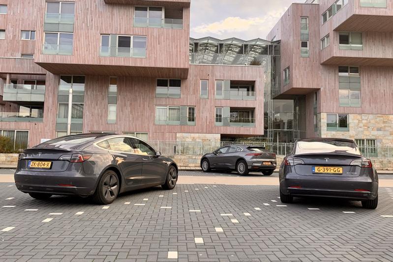 Verkoopcijfers Tesla Model 3 EV nieuw kenteken Jaguar I-Pace