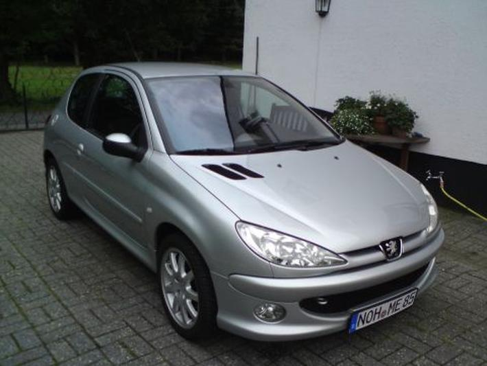Peugeot 206 XS Quicksilver 1.6-16V HDiF (2005)