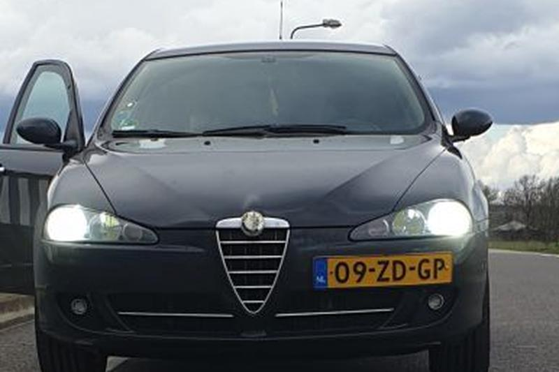 Alfa Romeo 147 1.9 JTDm Distinctive (2008)
