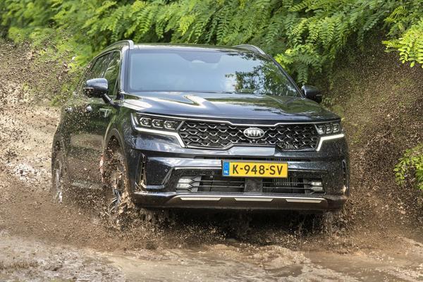 Jeep Wrangler, Range Rover Evoque, Kia Sorento