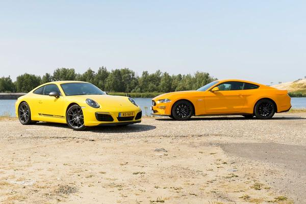 Video: Ford Mustang GT vs. Porsche 911 Carrera T - Dubbeltest