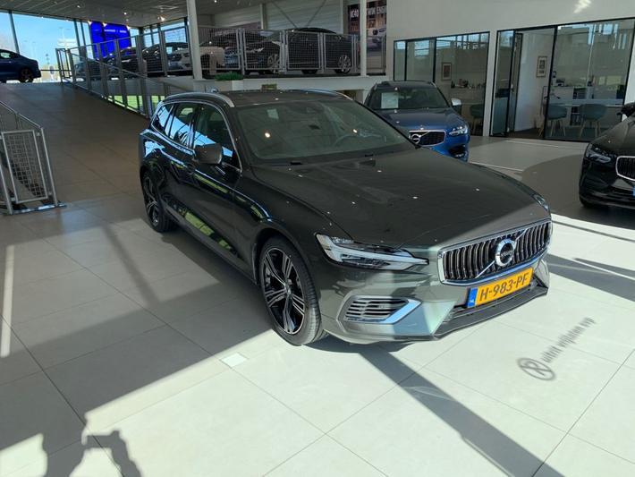 Volvo V60 T6 Recharge AWD Inscription (2020)