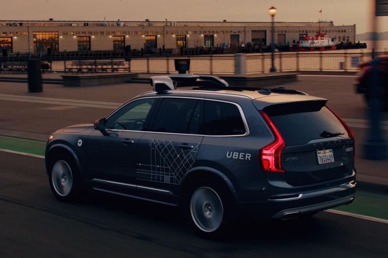Zelfrijdende Uber-auto's geweerd uit Arizona