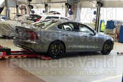 Volvo S60 duikt op!