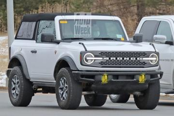 Ford Bronco met softtop gespot
