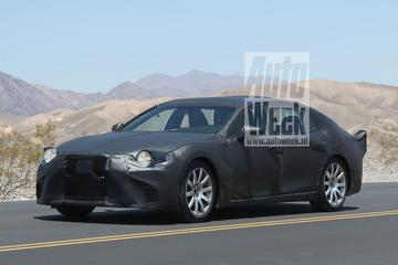 Nieuwe Lexus LS strekt de benen