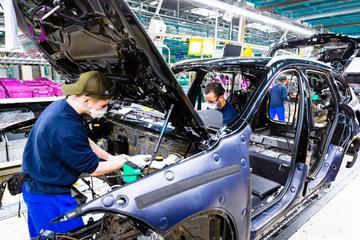 'BMW haalt onverwacht deel productie weg bij Nedcar'