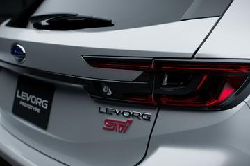 Subaru Levorg nu al in STI-trim