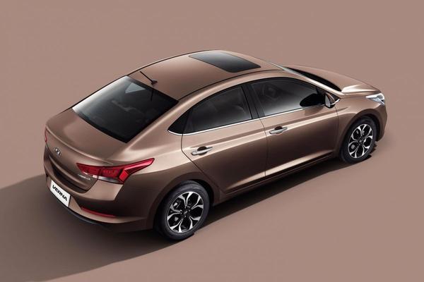 Hyundai Verna facelift Japan
