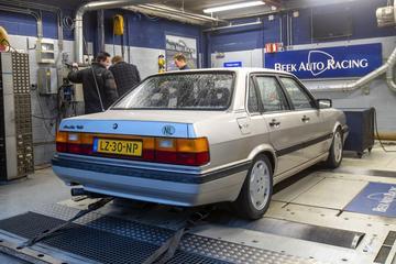 Audi 90 2.0 automaat - Op de Rollenbank