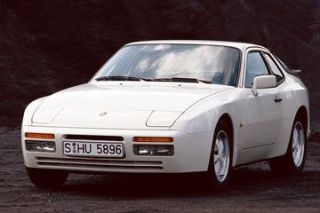 Facelift Friday: Porsche 944