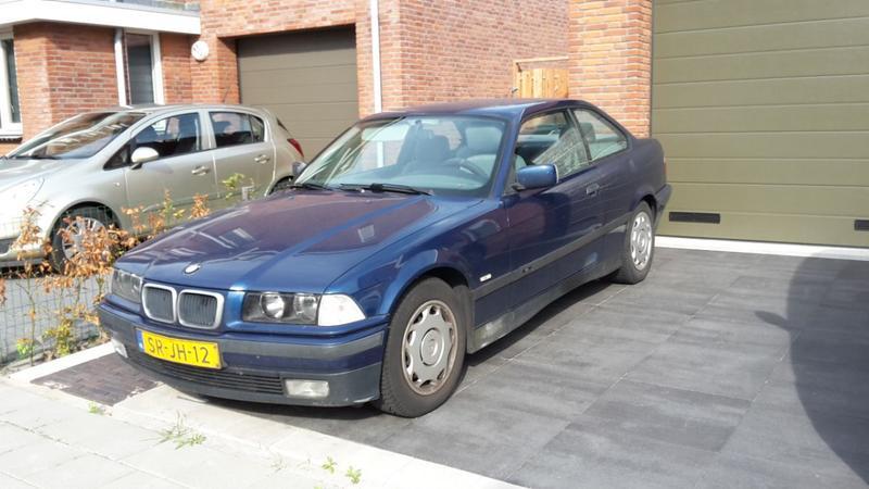 BMW 316i Coupé (1998)