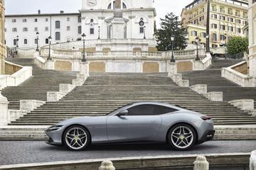 Ferrari viermaal letterlijk aan de prijs