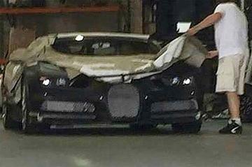 Bugatti Chiron duikt op!