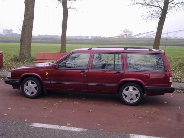 Volvo 940 Estate 2.3i Turbo (1996)