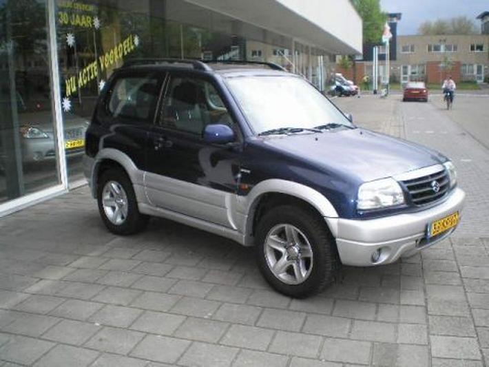 Ford Sportka 1.6 (2004)