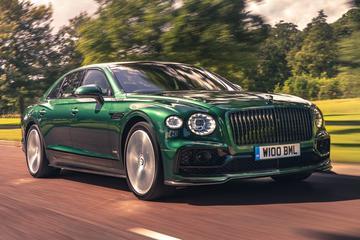 Bentley kleedt Flying Spur sportiever aan