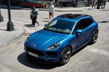 Porsche belicht gefacelifte Macan