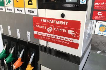 Franse overheid overweegt 'brandstofbonnen'