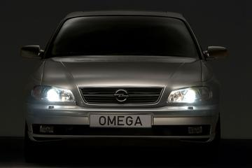 Facelift Friday: Opel Omega B