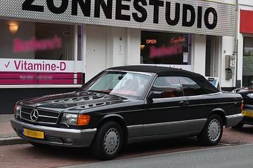 Mercedes-Benz 500 SEC Cabriolet (1983) - In het Wild
