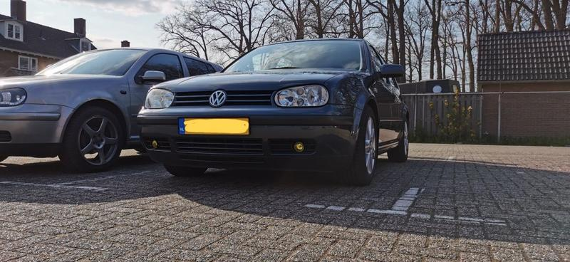 Volkswagen Golf 1.6 (1998)