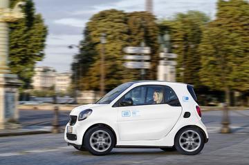 Autodeeldienst Car2go naar Parijs