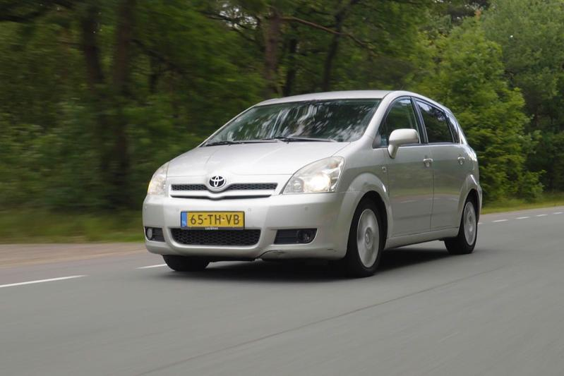 Toyota Verso 2.2 D-4D - 2006 – +/-1.040.000 km - Klokje Rond