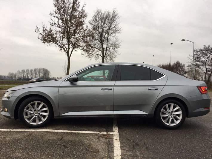Skoda Superb 2.0 TDI 150pk Greentech Style Business (2019)