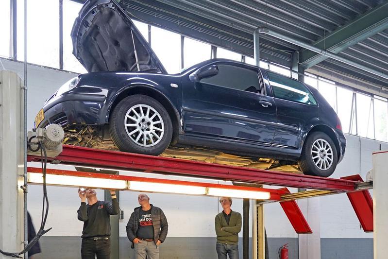 Volkswagen Golf 1.9 TDI - 2002 - 1.003.674 km - Klokje Rond