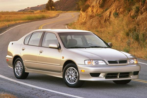 Tweeling: Nissan Primera – Infiniti G20
