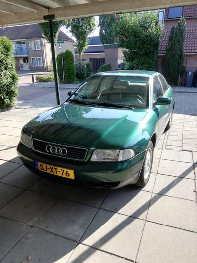 Audi A4 1.6 C (1997)