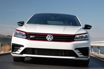 Volkswagen Passat GT Concept doet sportief