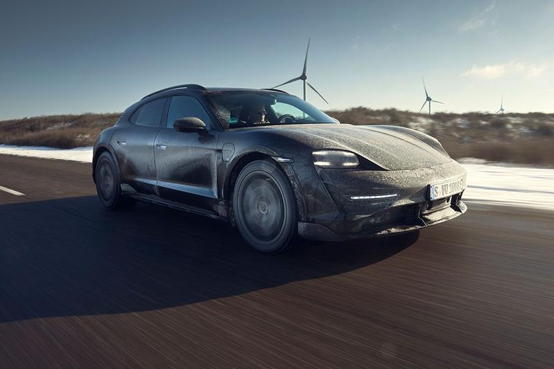Test: Porsche Taycan Cross Turismo prototype