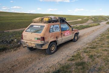 Met een oude Fiat Panda naar Mongolië