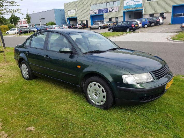 Volkswagen Passat 1.6 (1998)