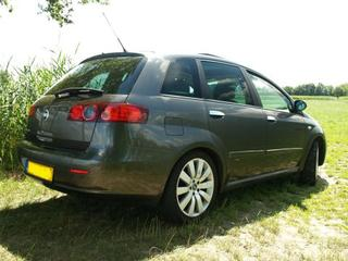 Fiat Croma 1.9 Multijet 16v 150 Emotion (2006)