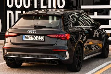 Nieuwe Audi RS3 Sportback zonder camouflage