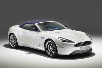 IJskoud: Aston Martin DB9 Volante Morning Frost