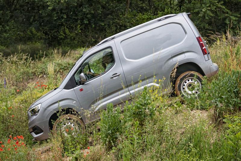 Opel Combo 4X4 en Zafira Life 4X4 - Eerste rijtest