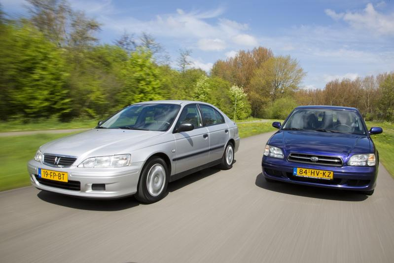 Subaru Legacy (2002) - Honda Accord (2000)