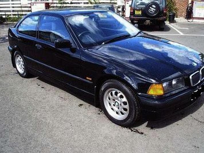 BMW 316i Compact Executive (1999) #2