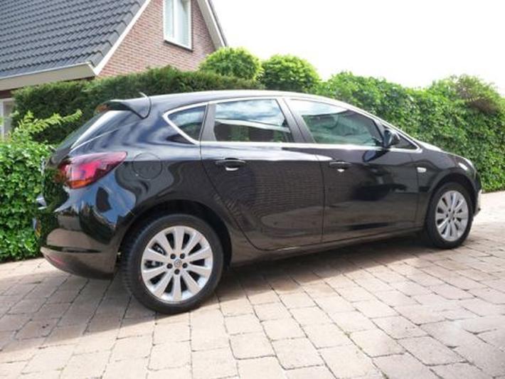 Opel Astra 1.3 CDTI ecoFLEX Cosmo (2010)