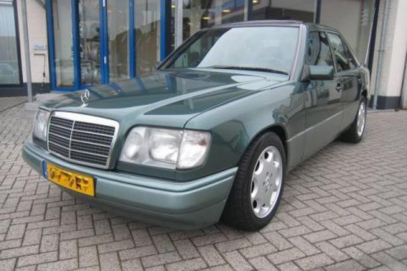 Mercedes-Benz E 250 Diesel (1994)