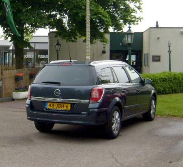 Opel Astra Stationwagon 1.7 CDTi 110pk ecoFLEX Cosmo (2009)