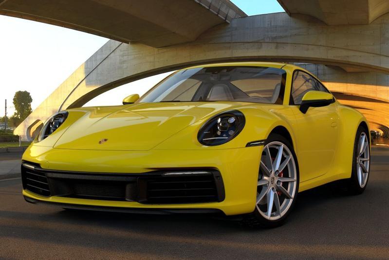 Back to basics: Porsche 911 992
