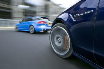 Jaguar XFR-S Sportbrake - Mercedes-Benz CLS 63 AMG S Shooting Brake