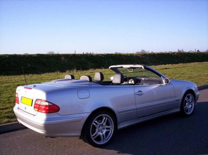 Mercedes-Benz CLK 230 Kompressor Cabr. Avantgarde (2003)