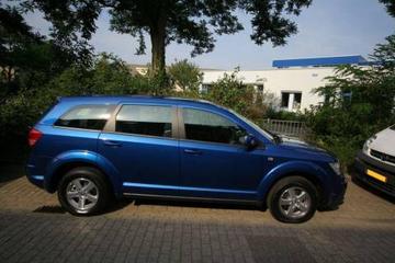 Dodge Journey 2.4 SXT (2008)